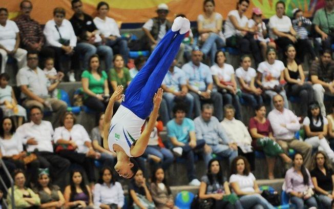 Ginástica de trampolim conseguiu bons resultados em 2014 (Foto: COB)