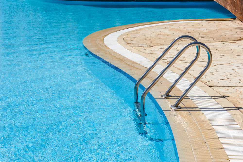 crise hídrica x piscinas shutterstock_117521941