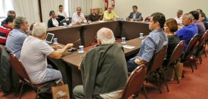 Dirigentes de Santos reunidos