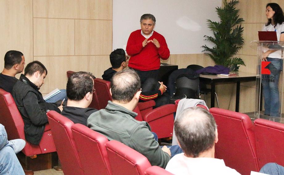 Jornalistas participaram de curso sobre handebol